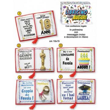 LIBRETTO IN POLIRESINA con messaggio inciso e decorazioni in rilievo minimo pezzi 8 a scelta oppure 2 per soggetto cm 10x15