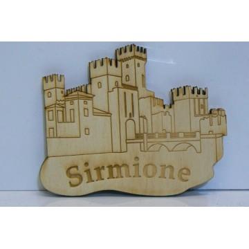 Magnete in legno castello Sirmione personalizzabile con la localita'